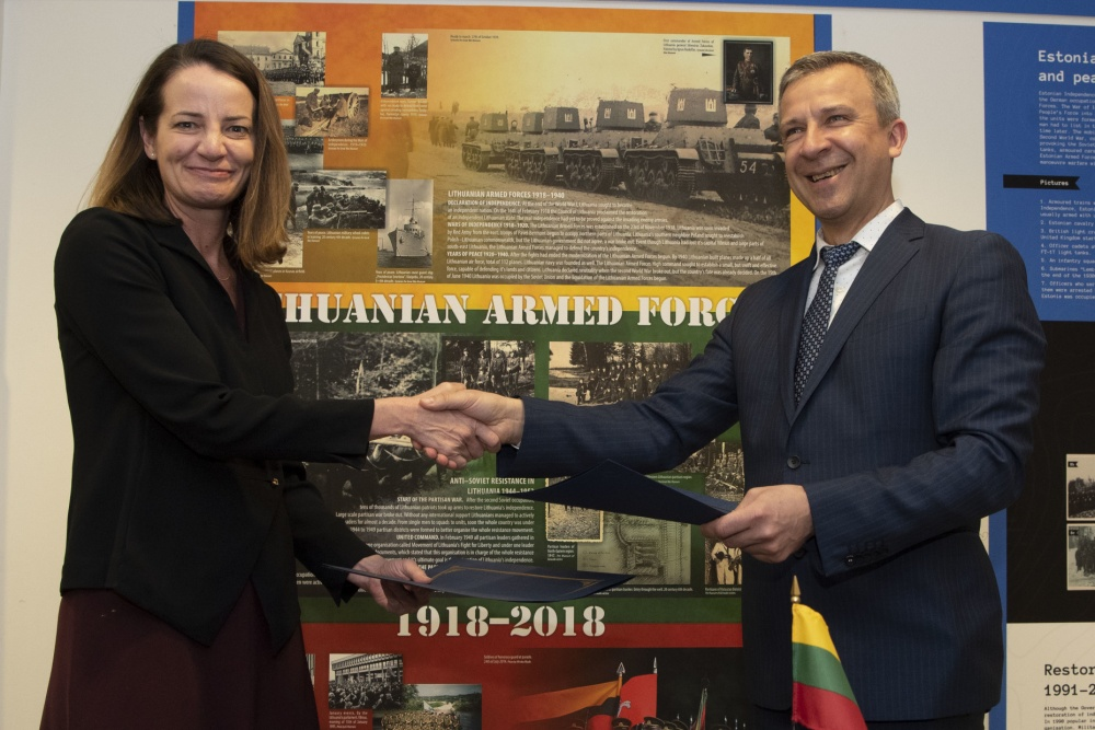 United States, Lithuania Sign Defense Cooperation Plan