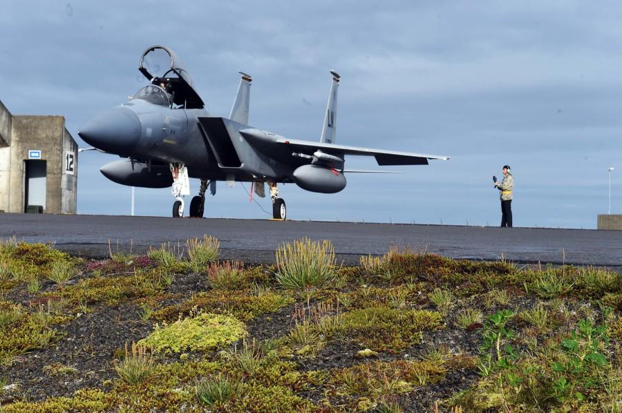 vulnerabilities in F-15 fighter jet